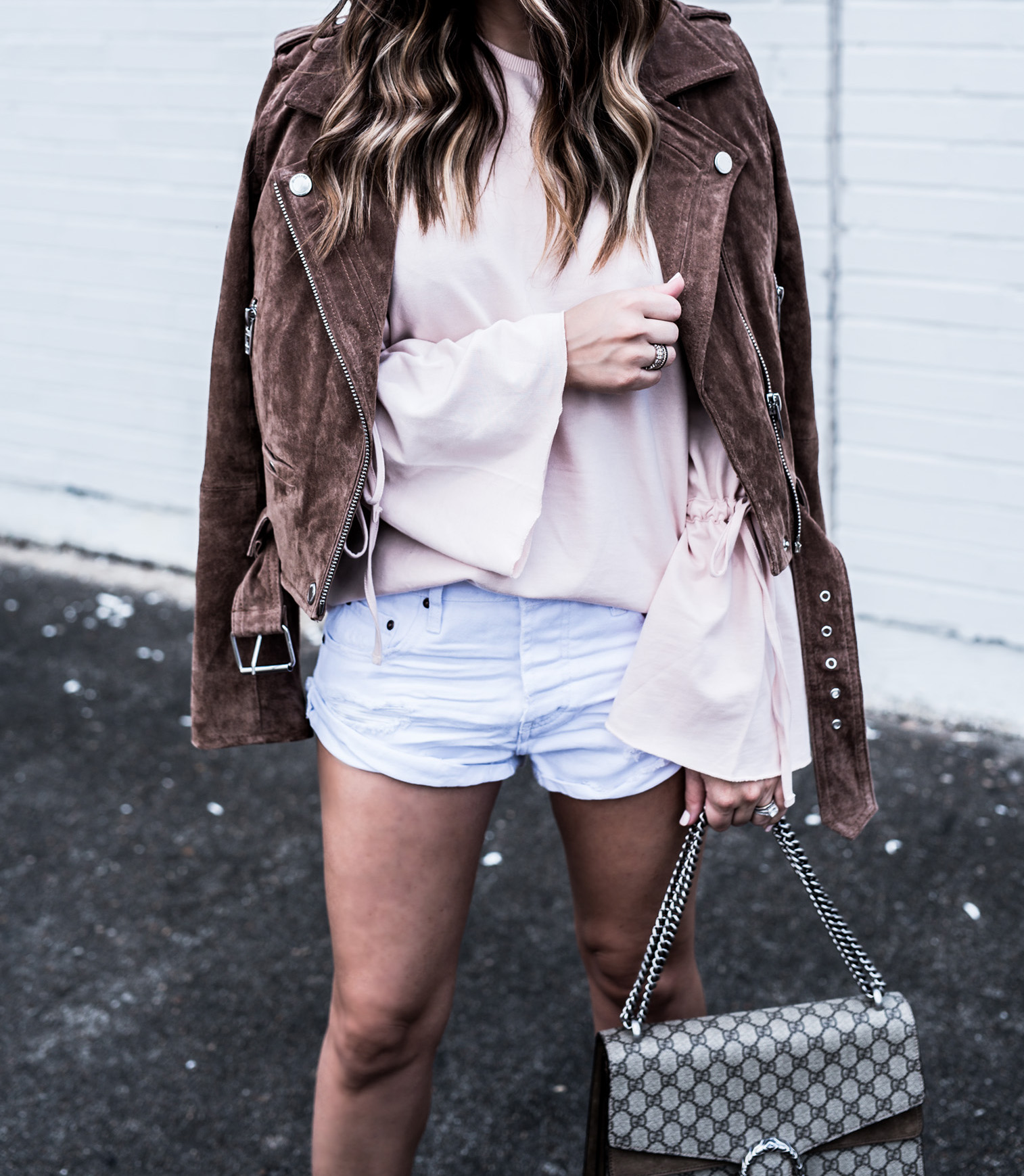 Houston fashion and lifestyle blogger Tiffany Jais | White One Teaspoon shorts currently on sale! Click for more details! | Gucci Dionysus bag, pink bell sleeve top, spring outfit ideas 2017