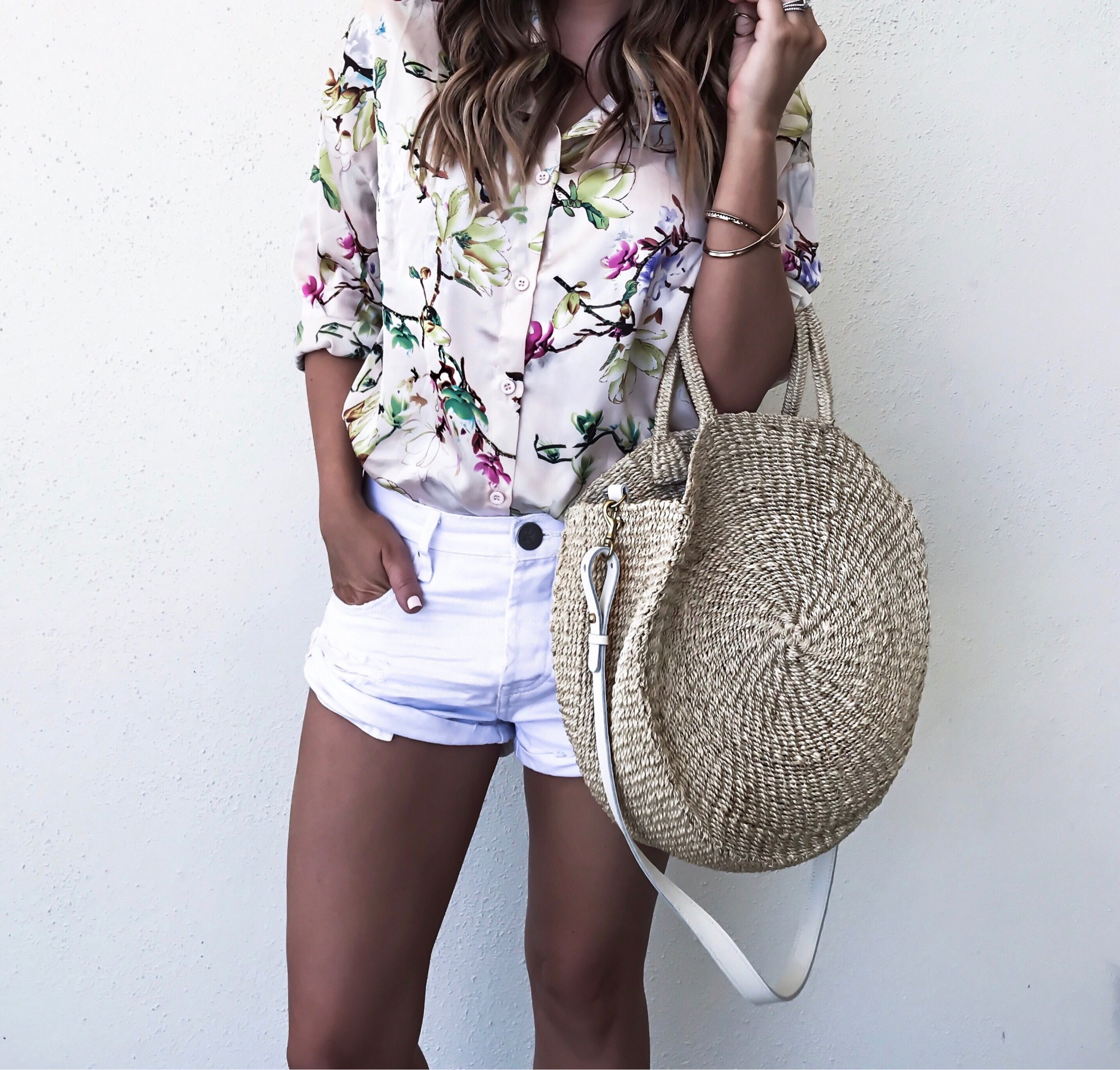 Tiffany Jais Houston fashion and lifestyle blogger | Clare V Alice round tote, one teaspoon bandit shorts