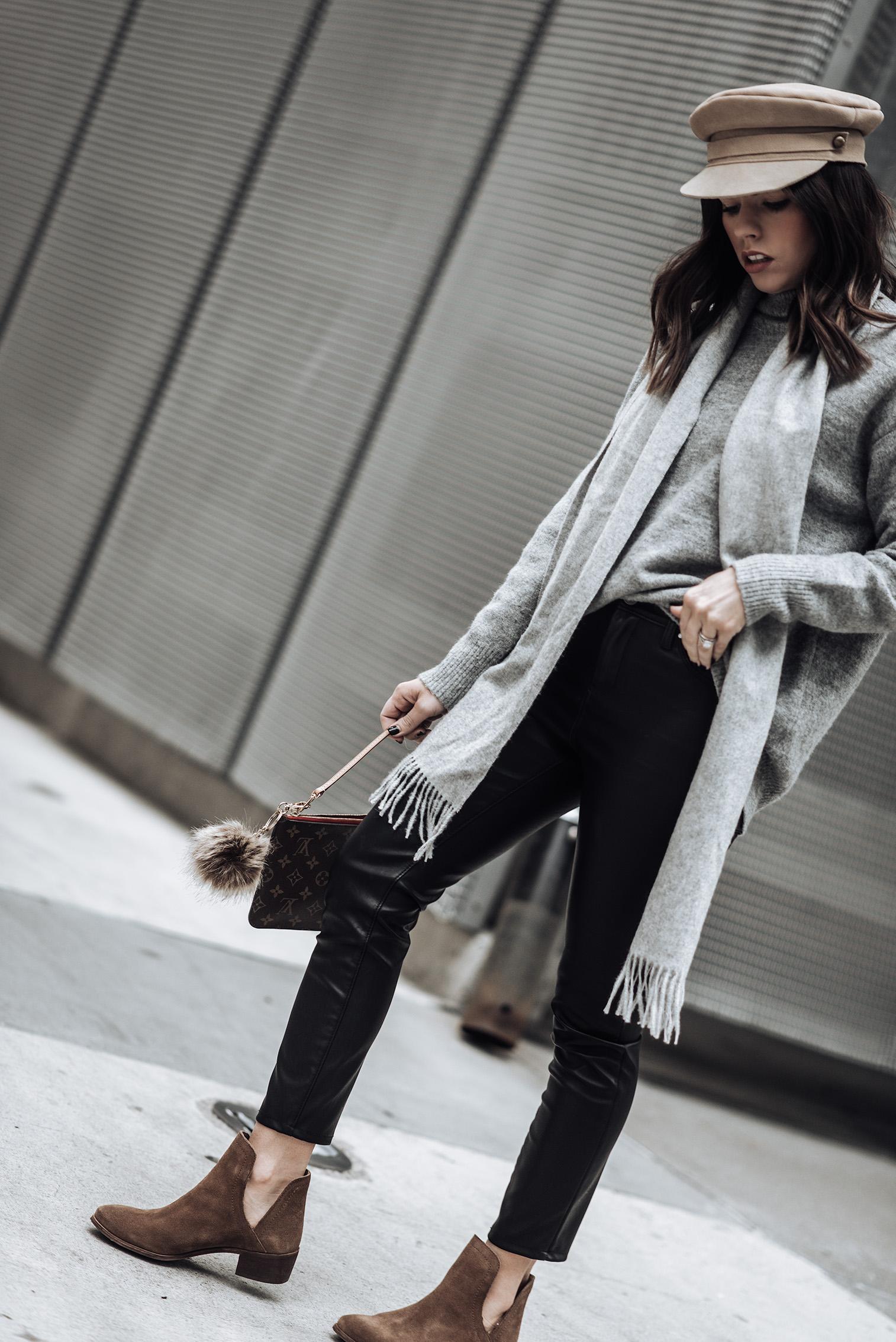 Tiffany Jais fashion and lifestyle blogger of Flaunt and Center | Houston fashion blogger | Friday Feels | Streetstyle blog | #blog #rstreetstyle