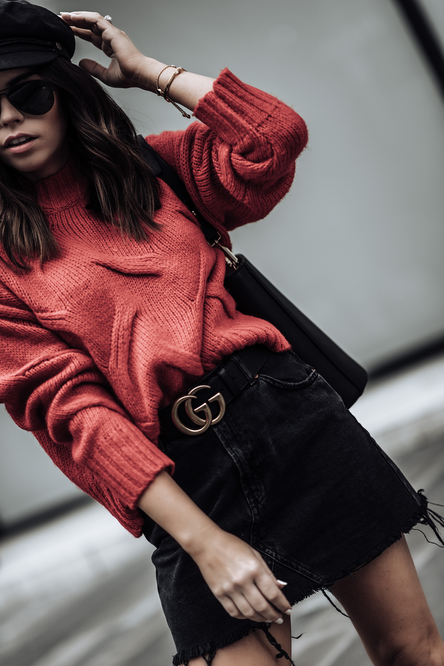 Red & Black | Red knit sweater (similar here and here) | Bucket bag (similar style here for only $25) | Black denim high waist mini skirt | Gucci Belt #gucci #streetstyle