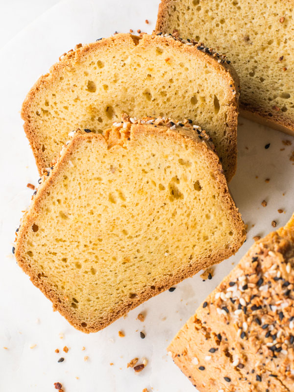 Low carb bread for the keto diet