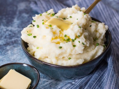 Buttery Mashed Potatoes for Thanksgiving