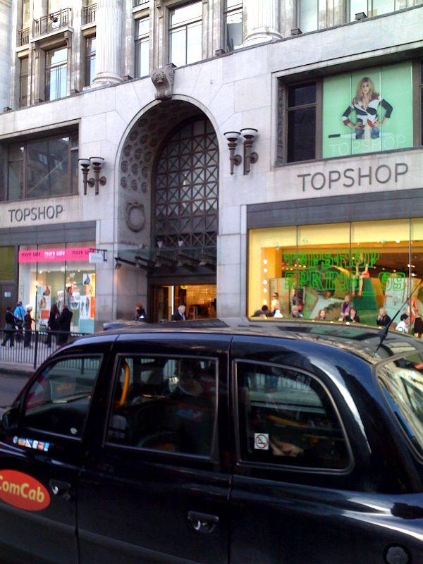 Topshop_Oxford_Street_London_2014