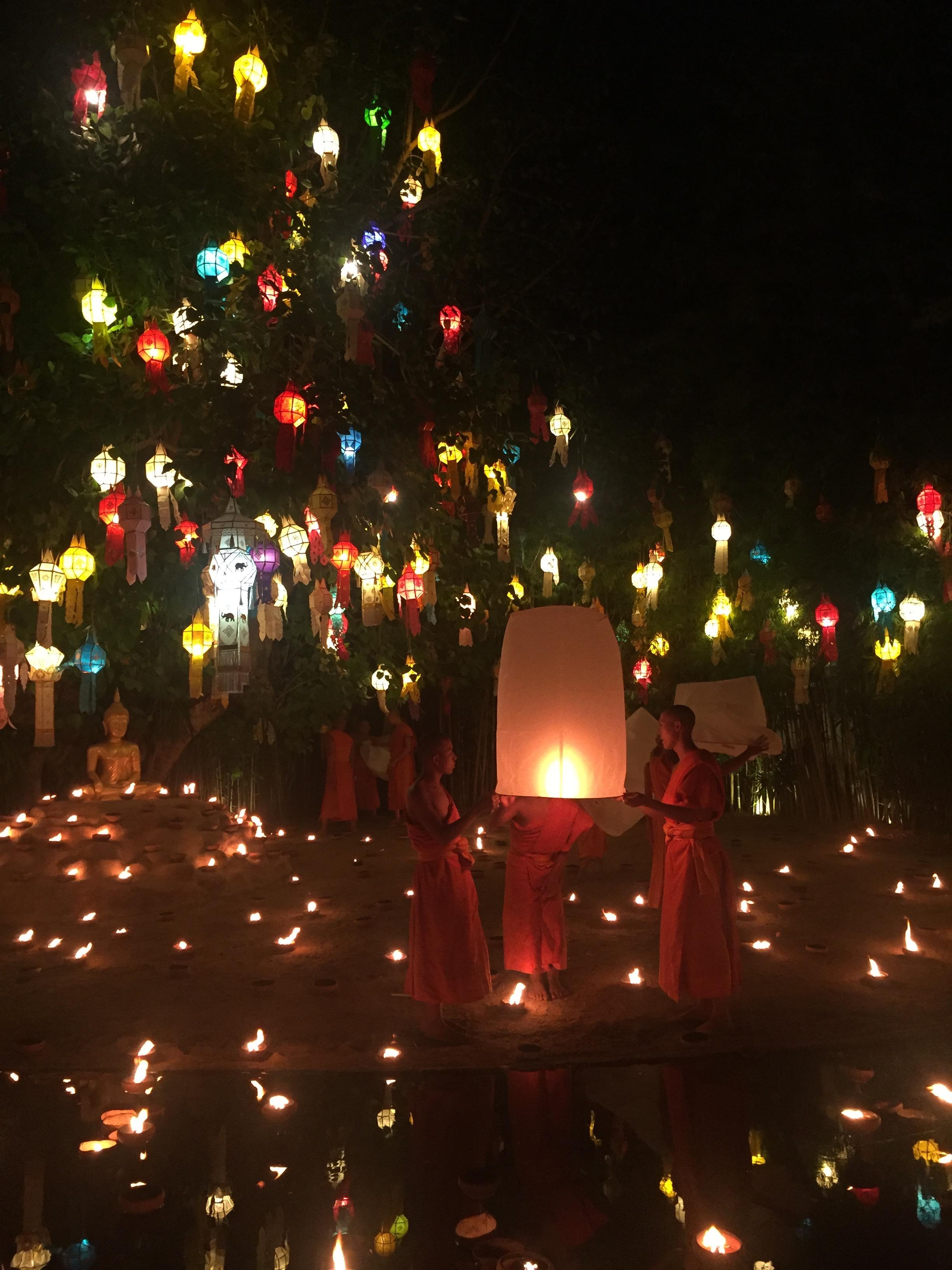 Festival de luzes na Tailândia