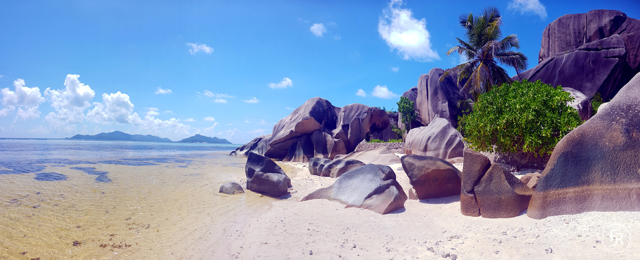 Here the most photographed beach of the world: Anse Source d'Argent, La Digue (c) flavioderoni.ch
