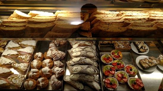 Dessert window in San Gimignano