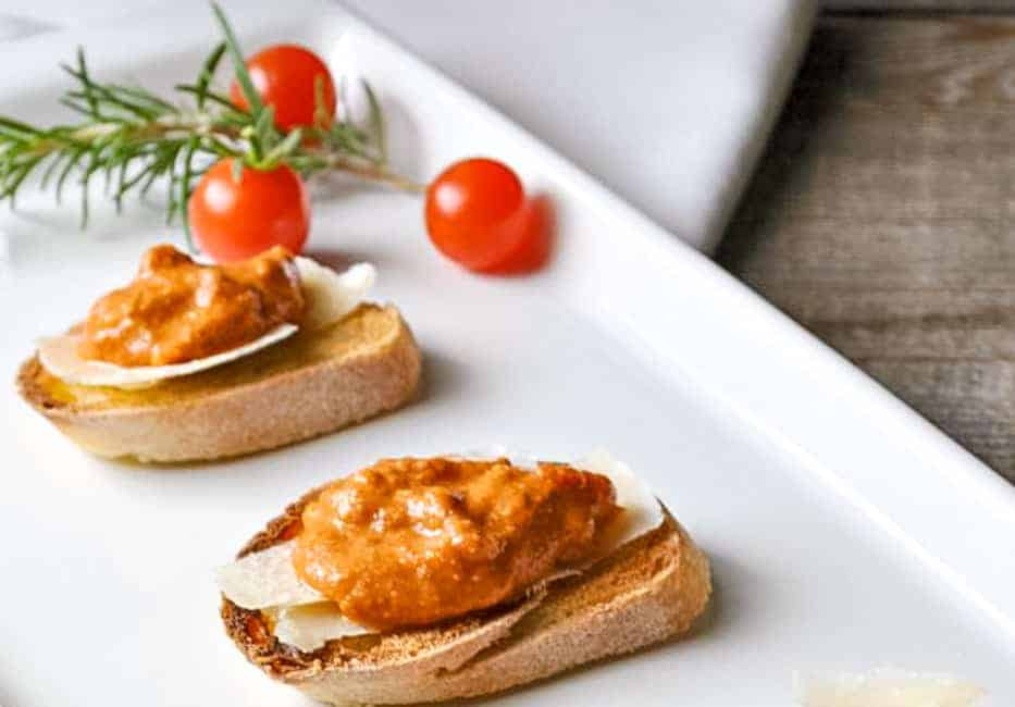 Mediterranean Romesco Sauce. Savour the flavours of Spain with this versatile sauce that you can quickly whip up in your food processor. Tomatoes, peppers, garlic and herbs combine to make a rich sauce to top crostini, roasted vegetables or pasta.