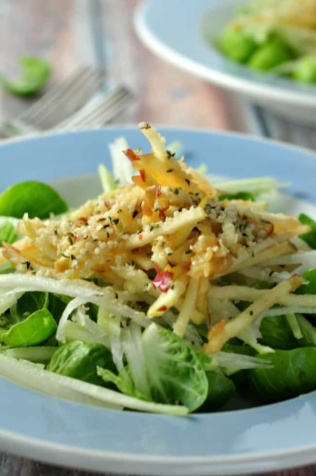 Kohlrabi Winter Salad with Sprouts and Apples |www.flavourandsavour.com Crunchy, sweet, and super-healthy!