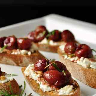 Roasted Grape and Goat Cheese Crostini