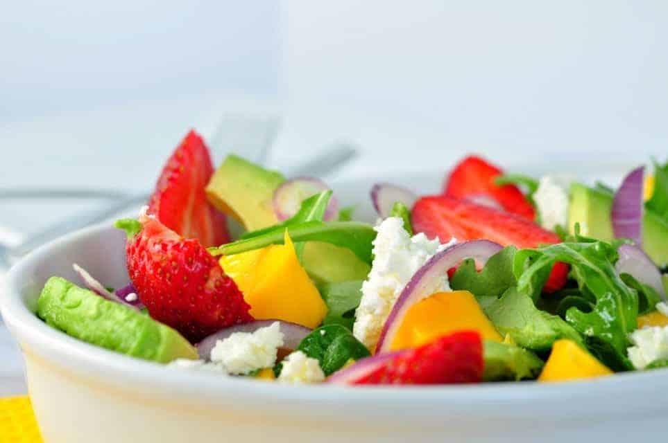 Strawberry-Mango Arugula Salad with Goat Cheese - Flavour ...
