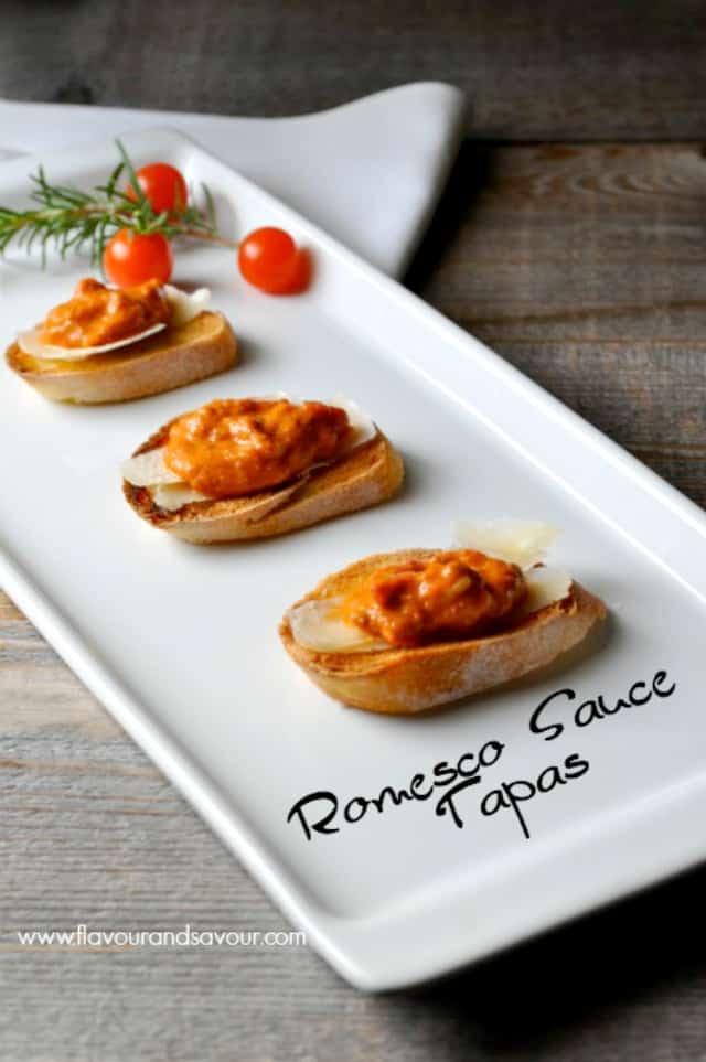 Mediterranean Romesco Sauce Tapas. Amazing flavours! |www.flavourandsavour.com