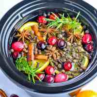 Make Your Own Simmering Holiday Potpourri