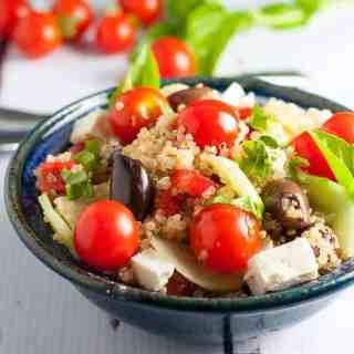 Garden Fresh Mediterranean Quinoa Salad with Feta, Basil and Lemon Vinaigrette | www.flavourandsavour.com
