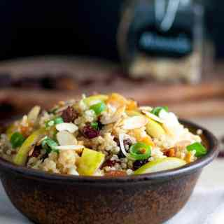 Quinoa Salad with Pears, Dried Apricots and Almonds |www.flavourandsavour.com