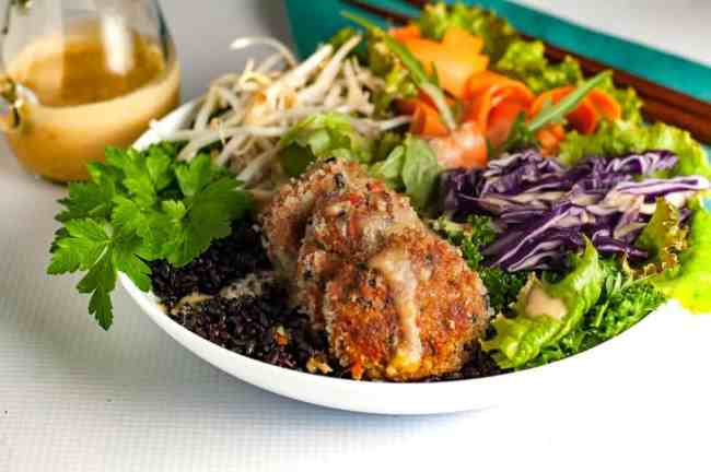 Asian Wild Salmon Buddha Bowl made with Raincoast Trading Co. canned sockeye salmon. |www.flavourandsavour.com