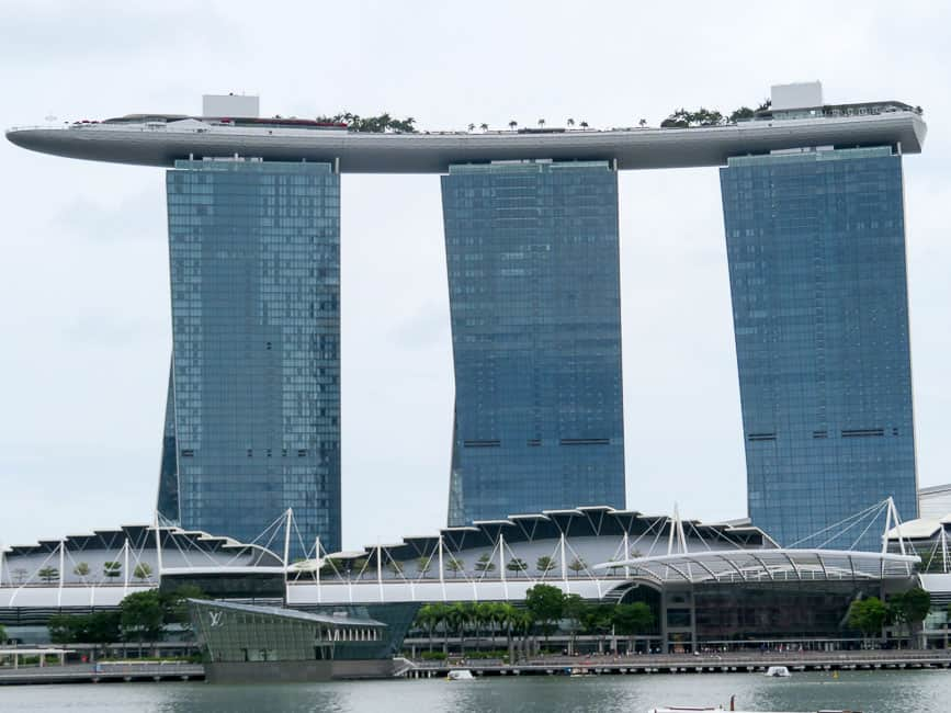 Two Days in Singapore: Must-See Activiites. The Marina Bay Sands Resort.