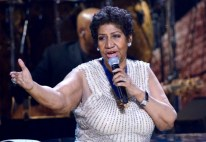 020814-shows-honors-show-highlights-Aretha-Franklin-performs-2