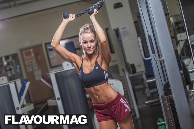 Chelsea Dyson fitness model 4