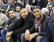 Fabregas - Henry - Drogba NBA Courtside 2