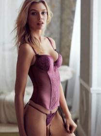 Stella-Maxwell-Victorias-Secret-Model04-800x1444