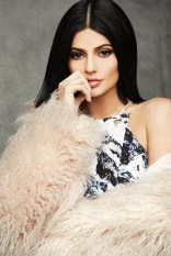 Kendall-Kylie-Jenner-Topshop-Holiday-2015-Photoshoot06