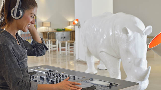 White Rhina's, large mattresses and a live DJ at specific times, this is the Sol House Mixed by Ibiza Rocks lobby