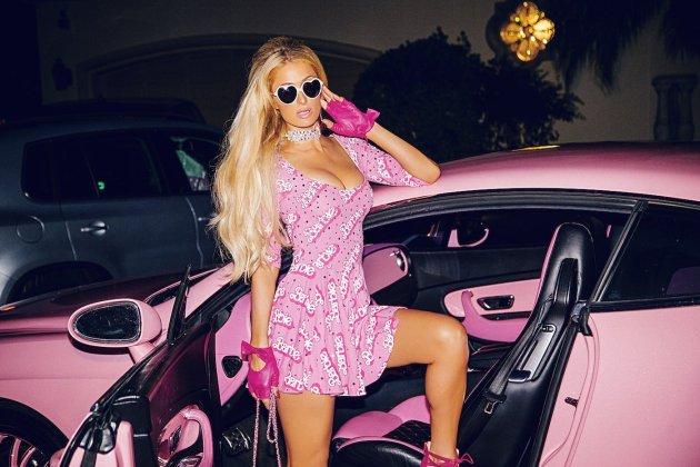 Paris Hilton strips like a Barbie