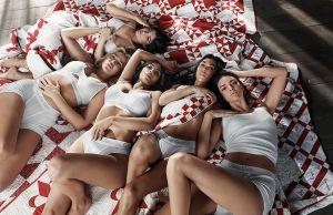 my calvins - Kardashians and Jenners