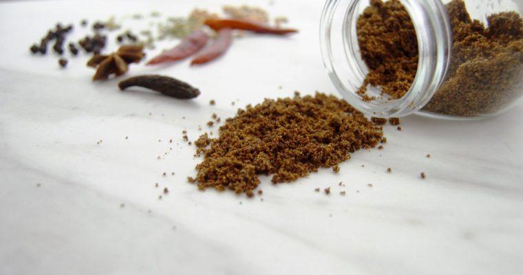 Chettinad Masala (Spicy curry powder recipe+ Video)