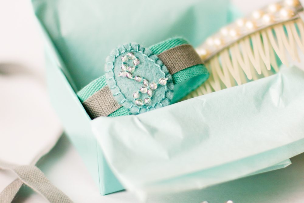 Diy Monogram Bracelet For Lily A Year Of Handmade Gift Flax Twine