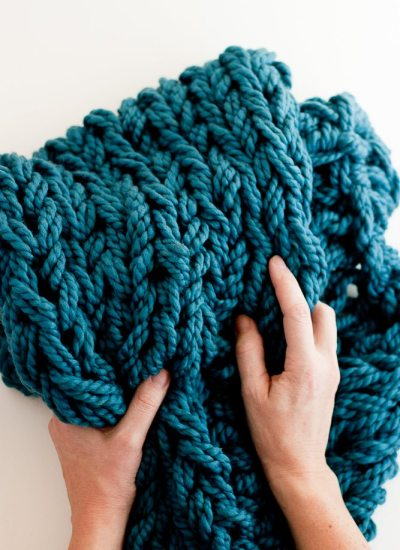 Arm Knitting How To Photo Tutorial // Part 4: Finishing with Mattress Stitch
