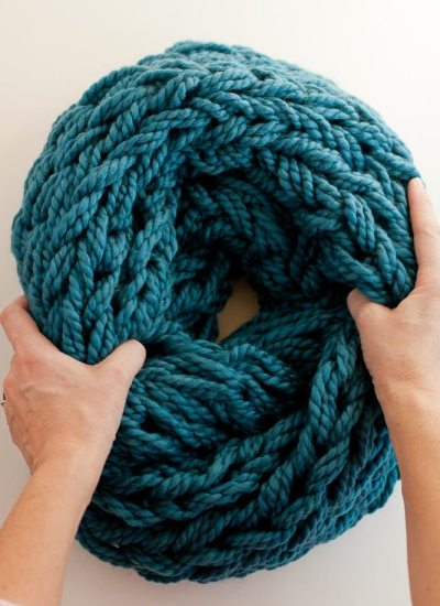 Arm Knitting How-To Photo Tutorial and PDF