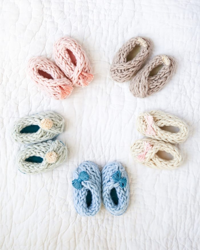 Baby Booties «« Finger Knitting Projects from Knitting Without Needles by Anne Weil