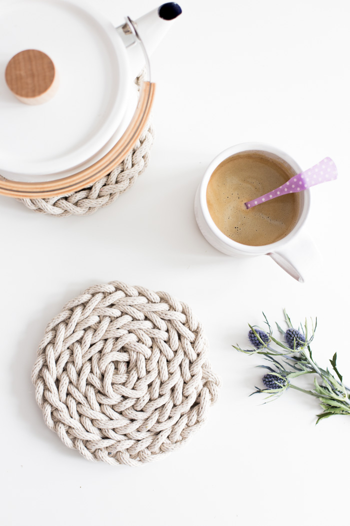 Finger Knit Trivet-6150
