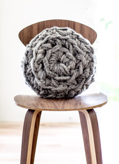 Hand Crochet Round Pillow Pattern