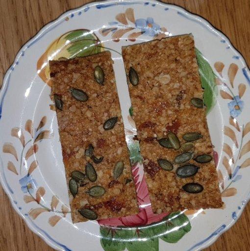 Dairy-free, Gluten-free, Vegan Flapjack, Linseed Flaxjack Apricot Pumpkin seed