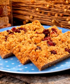 Cranberry apple cinnamon flaxjacks
