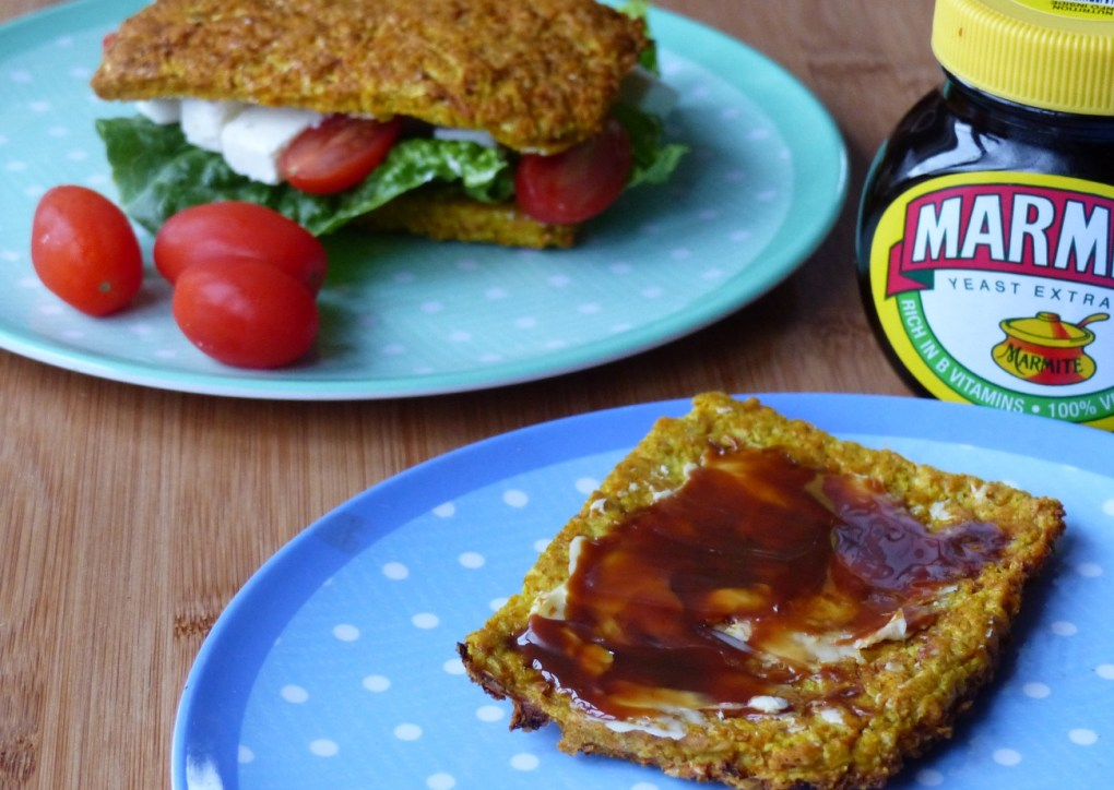 Cauliflower turmeric linseed bread slices