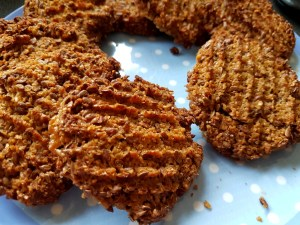 Gluten-free sugar-free carb-free linseed biscuits