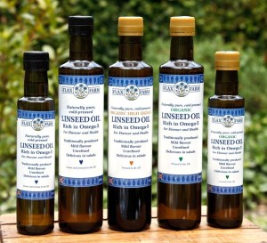 Cold-pressed unrefined linseed flax seed oil