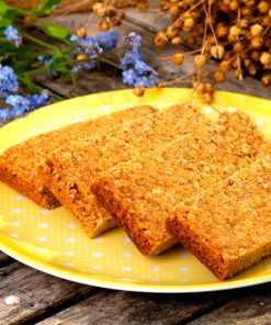 Golden vanilla luxury bake at home linseed flapjack