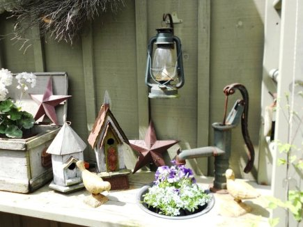 Annie loves Flea Markets, where she and her husband search out antique lanterns