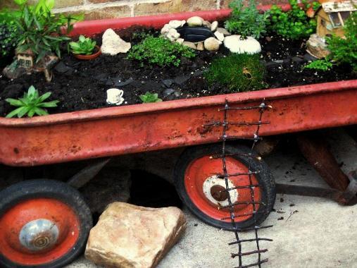Jeanie Merritt's fairy garden in a wagon