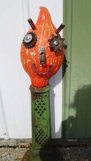 Sue Gerdes's steampunk gourd