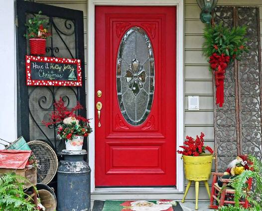 David R Freeman's welcoming holiday front door