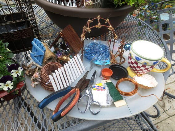 Miniature supplies for small gardens