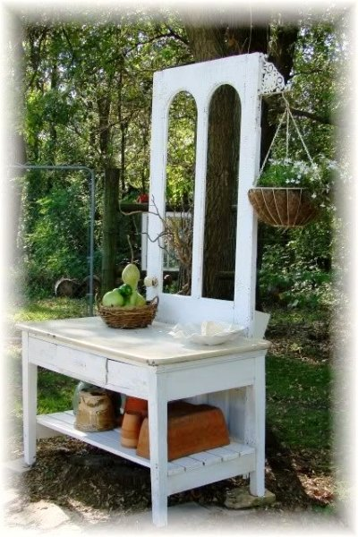 Jeanne Sammons's potting table