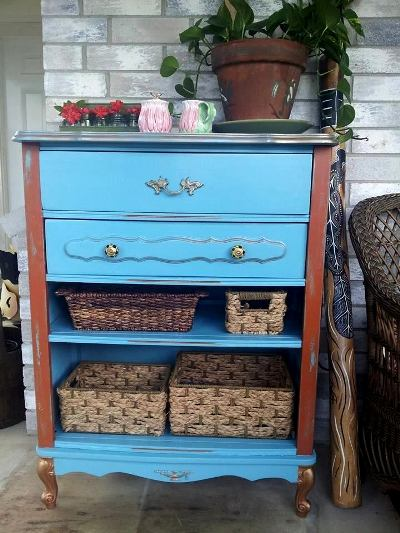 Valerie Blackwell‎'s finished dresser