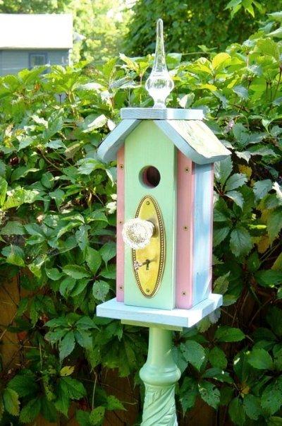 Make a Flea Market bird house post | Flea Market Gardening