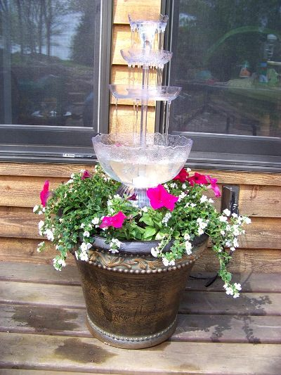 Carol Keskitalo's fountain AND planter